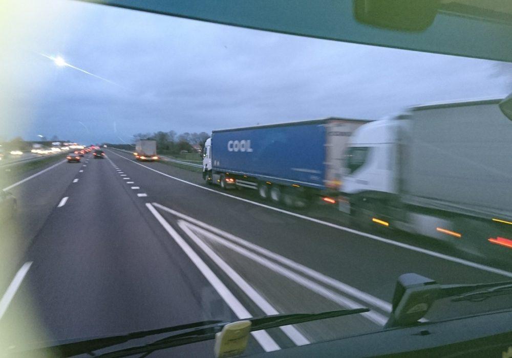 Lonen van vrachtwagenchauffeurs in vergelijking. (Europa).